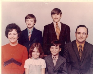 My Grandfather's Family and my Dad in the top right